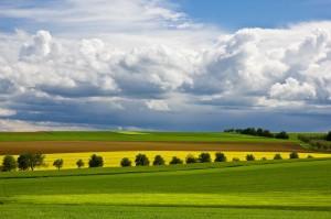 Spiel der Wolken bei einer Wanderung im Taubertal