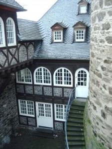 Die Eifelbibliothek in der Genovevaburg in Mayen
