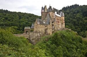 Burg E