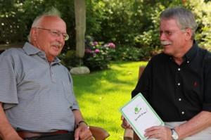 Heinz Kessel im Gespräch mit Hauptmedienwart Hans-Eberhard Peters
