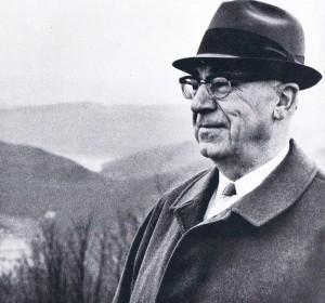 Josef Schramm. (Eifelverein - Hauptgeschäftsstelle und Eifelbibliothek)