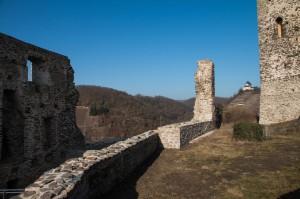 Blick von der Ruine Oberburg auf die Matthiaskapelle