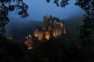 Attraktion auf dem Weg: Burg Eltz