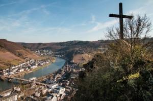Der Blick vom Pinnerkreuz auf Cochem