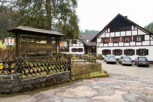 """Die Höfener Mühle (auch """"Perlenbacher Mühle)"""