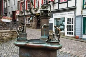 Der Tuchmacherbrunnen