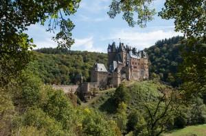 Burg Eltz, Ikone deutscher Burgenromantik