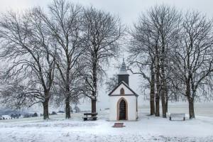 Die Votivkapelle zum Hl. Hermann Josef, Hüngersdorf, im Winter